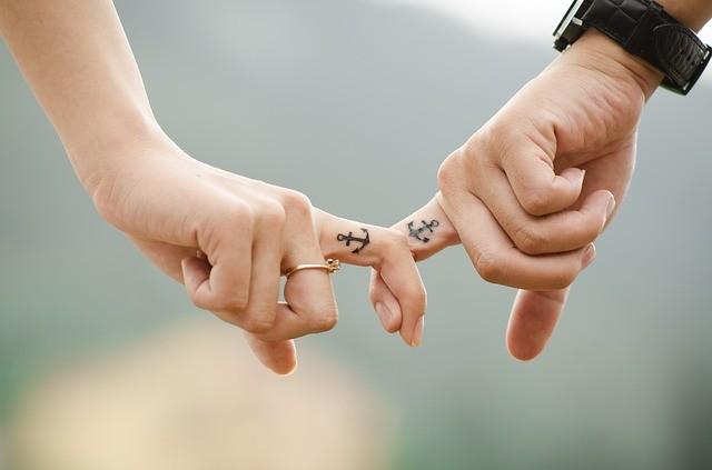 מגע כחלק מתקשורת זוגית